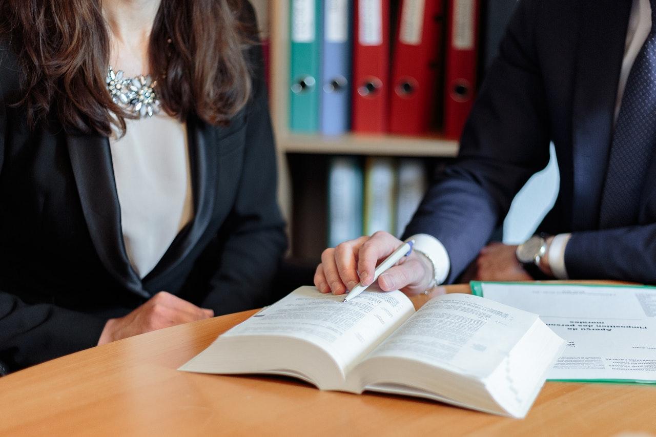 עורך דין זכויות עובדים